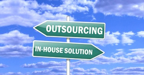 GetFriday-Virtual-Assistance-Things-You-Should-NEVER-Outsource-As-a-Small-Business-768x401